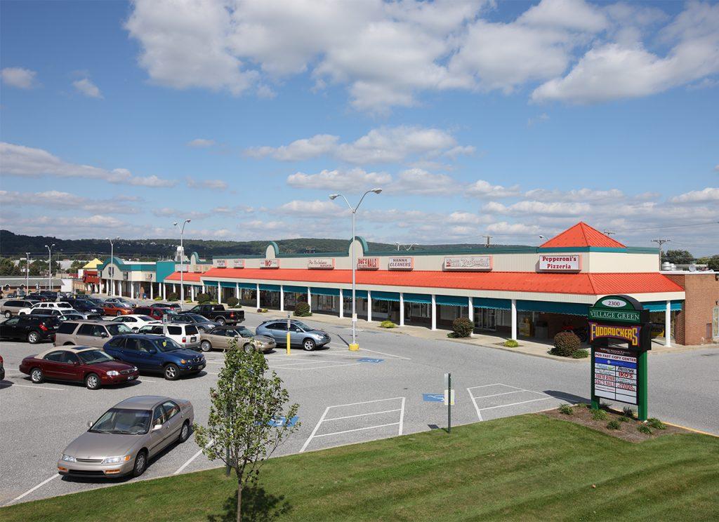 AR-Village Green Shopping Center (31)